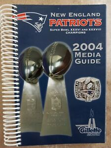 2004 New England Patriots Media Guide Excellent!