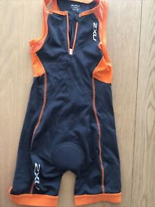 2XU Boys Active Trisuit Black Orange Sports Swimming Triathlon Half Zip Medium