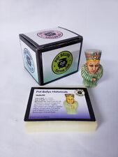 Pot Bellys Nefertiti