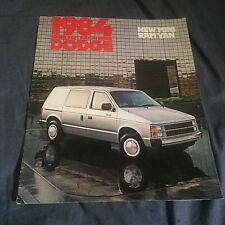 1984 Dodge Mini Ram Van Original Color Brochure Catalog Prospekt