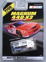 HO Slot Car - Tyco 440x2 Magnum - Ford Taurus Valvoline NASCAR - 35397