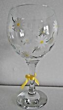 Large GIN Glass Hand Painted Dainty Daisy Design PERSONALISED with FREE GIFT BOX