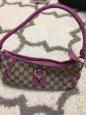 Gucci D Ring Small Handbag In Fusia