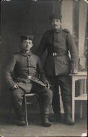 Ansichtskarte Postkarte 1.WK Soldaten Feldpost gel. 1915 Porträt Uniform Foto