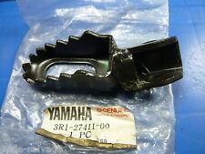 Yamaha yz80 1980_rt100 1998-2000 _ pied gauche _ raste _ Footrest lh_3r1-27411-00