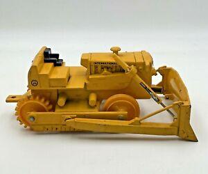 Ertl TD25 Bull Dozer Bulldozer Crawler 1/16 Parts Or Restoration International