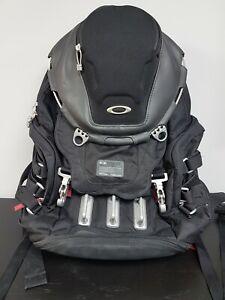 Oakley Kitchen Sink 34L Sports Backpack - 92060A-001