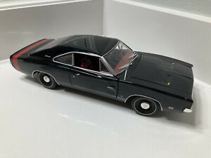 Ertl 1:18 Scale Diecast Black 1969 Dodge Charger 500 (Red Tail Stripe) Rare