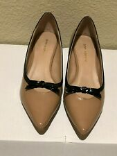 Ann Marino Taupe Patent Leather Classic pumps shoes w/black Bow Tie 7M EUC
