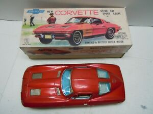 1963 Tin Battery Op. Japan Ichida Split Window Corvette Coupe Car & BOX. A++.