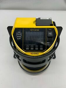 Keyence Sz-V04X  Safety Laser Scanner  INCLUDE BRACKET