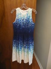 NWT Luxe by Carmen Marc Valvo Size 6 Blue Floral Sleeveless Dress