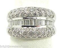 Stunning 18k White Gold 1.50 Ct Round & Bageutte Diamond Band Ring