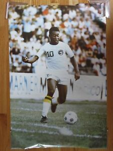 1975 Studio One PELE Sports Illustrated Poster WORLD CUP SOCCER New York Cosmos