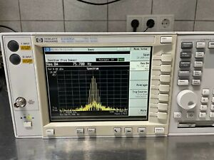 Agilent/HP E4406A Vector Spectrum Analyzer 7MHz-4GHz 6 Mon Gar bitte lesen !