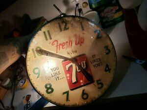 Vintage SWIHART 7UP Lighted Advertising Clock bubble glass