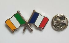 IRELAND and FRANCE six nations rugby Metal Pin Badge T1222