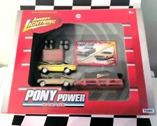 Johnny Lightning JL TOMY Pony Power Garage '65 Mustang 2+2 '70 Challenger R/T
