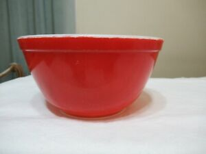 PYREX NESTING MIXING BOWL RED #402 1-1/2 QUART PRIMARY COLOR (AD 52)
