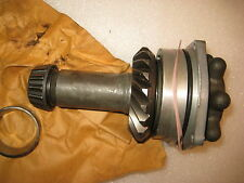 NEW OMC Johnson & Evinrude Shaft and Bearing Assembly 980754
