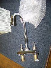 American Standard Heritage Centerset Bar Sink Faucet with Swivel Gooseneck Spout