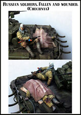Evolution Miniatures 1:35 Russian Wounded and Fallen 2 Figures Kit #EM-35117