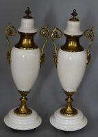 Paire de Vases couverts – Marbre blanc et bronze – Style Louis XVI –France, XIXe