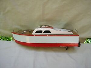 """1950's Pond Wooden Cabin Cruiser Boat / Giner of Spain ? / 12 """" in Length / Nice"""