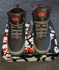 The North Face Back-to-Berkeley Mid Animal Men Boots Black -White-Red