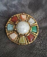 Vintage Round Brooch Gold Tone Gem Stone Green agate