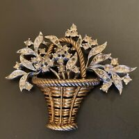 Vintage Crown Trifari Pat Pend Golden Tone Rhinestone Flower Basket Pin Brooch