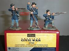 BRITAINS 17743 UNION INFANTRY IN FROCK COATS METAL TOY SOLDIER FIRING LINE SET 3