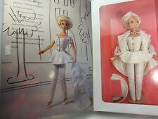 Mattel UPTOWN CHIC BARBIE Classique Collection 1993   NRFB   #11623   (4&6R)