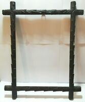 BEAUTIFUL ANTIQUE BLACK FOREST PICTURE FRAME HAND CARVED WOOD AUSTRIA c1900 (1)