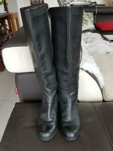 CLARKS WOMENS LEATHER BLACK HEELED BOOTS SIZE UK 5.5 D /  US 7.5 D