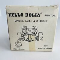 VINTAGE HELLO DOLLY  MINIATURE/DOLLHOUSE FURNITURE DINING TABLE & CHAIRSET W/BOX