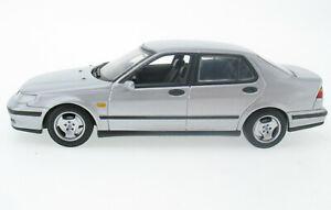 Minichamps - Saab 9-5 2.3t - 640 - silber silver - 1:43 Modellauto Model Car