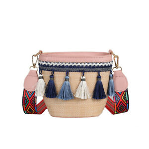 Women Summer Straw Shoulder Totes with Tassels Hand-Woven Crossbody Bag