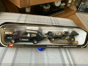 Corgi Toys Lotus Elite JPS Racing Set no 32 - MIB