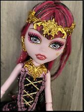 Monster High Doll Draculaura 13 Wishes Lantern Stand