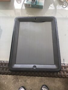 Apple iPad 1st Gen.32GB silver, Model A1337/gsm/cellular W/ Cover Otter Box