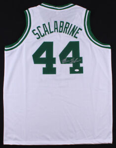 Brian Scalabrine Signed White Celtics Jersey (JSA) Boston Forward (2005–2010)