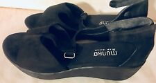 Munro American Black Open Toe Suede Leather Wedge Ankle Strap Sandals Size 9.5 W
