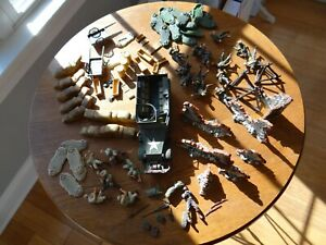 Forces of Valor US Half-track plus soldiers and accessories