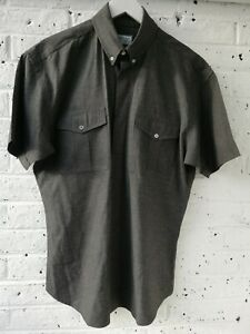 WILLIAM HUNT Mens Short Sleeve Shirt  Grey  Size Large  Very Good Condition