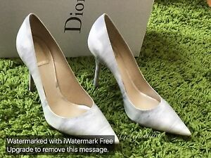 NIB $640 Christian Dior Light Grey Water Print pumps size 36