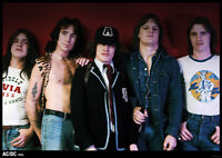 AC/DC POSTER BANDPICTURE WITH MARK EVANS AUSTRALIEN 1976 T.N.T. LINE UP