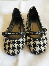 WOMENS AUTH MADDEN CANVAS HOUNDSTOOTH BALLET FLATS PREOWNED BLACK & WHITE  SZ 7