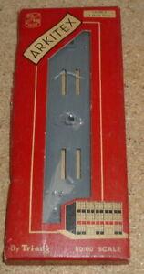 Triang Arkitex HO/OO scale 3 hole base plate - boxed