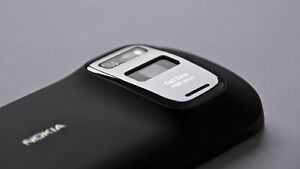Nokia 808 PureView 16GB (Unlocked) Smartphone 41MP Carl Zeiss Camera! Black!